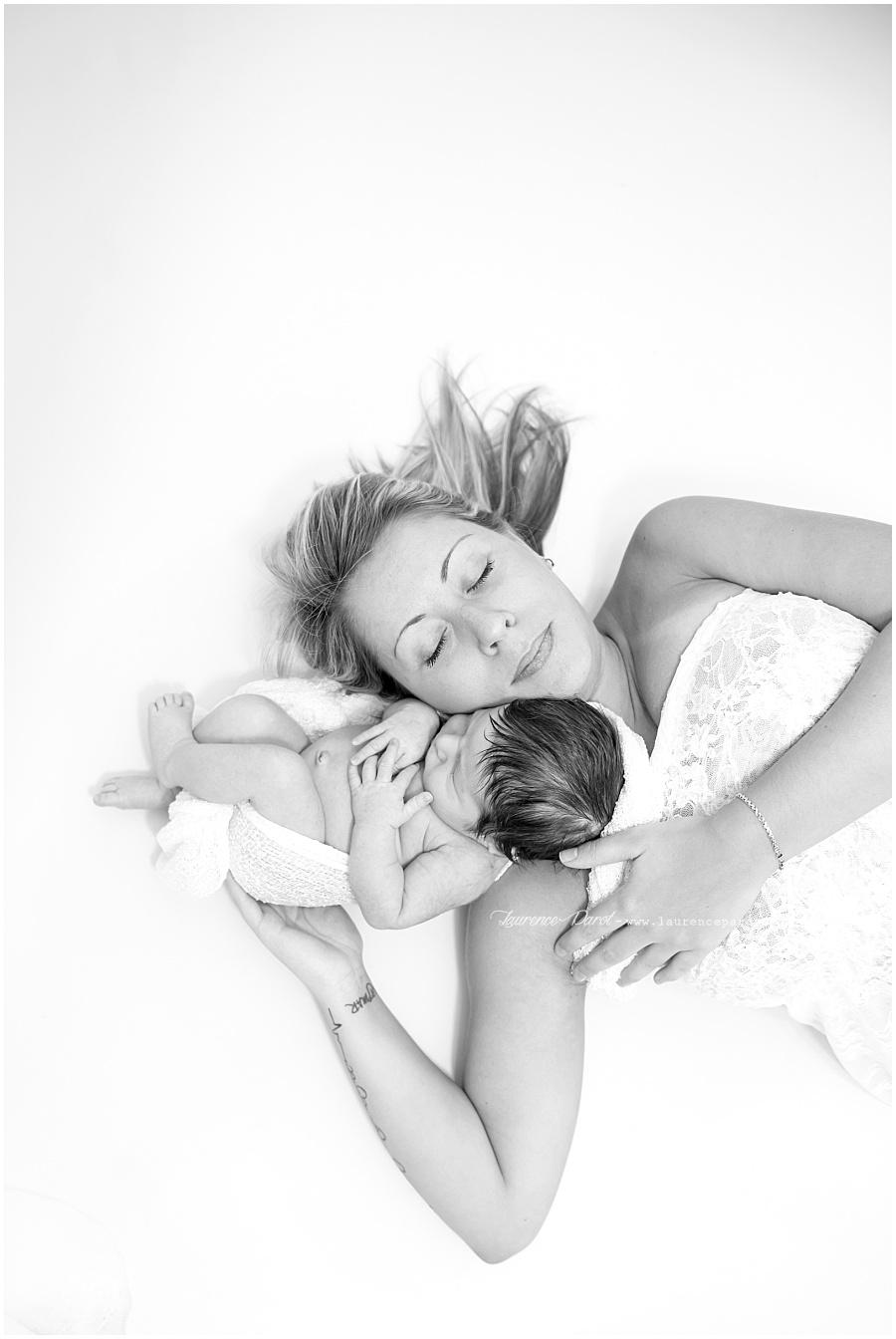 photo naissance avec maman studio essonne
