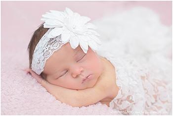 photo naissance accessoire dentelle