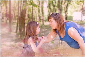 Photo grossesse maman et grande sœur au Port aux cerises – Draveil